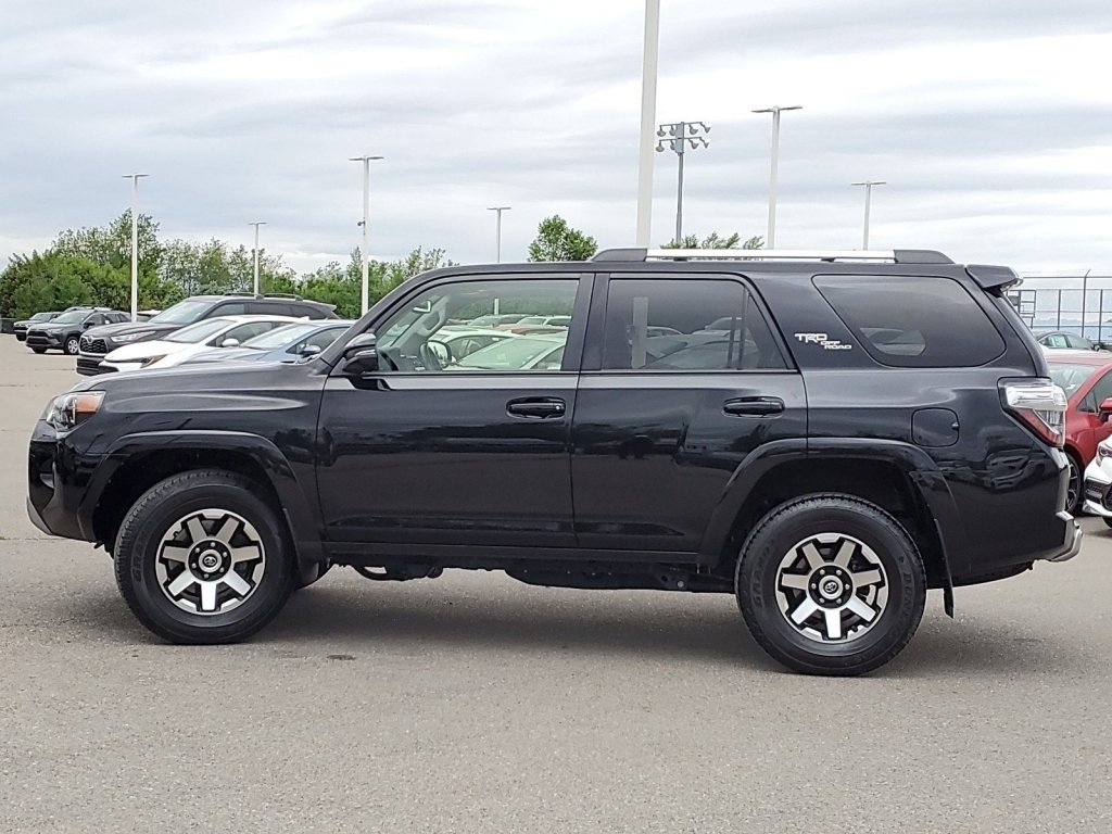 Pre-Owned 2018 Toyota 4Runner TRD Off Road Premium